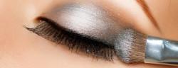 Augen-Make-Up-Subbotina Anna-Shutterstock.com