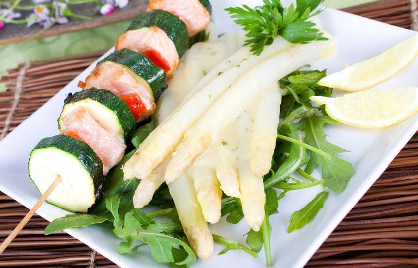 Viele Diätiker haben durch Einhalten der Trennkost Gemüse regelmässig in ihre Ernährung eingebunden (Bild: © st-fotograf - Fotolia.com)
