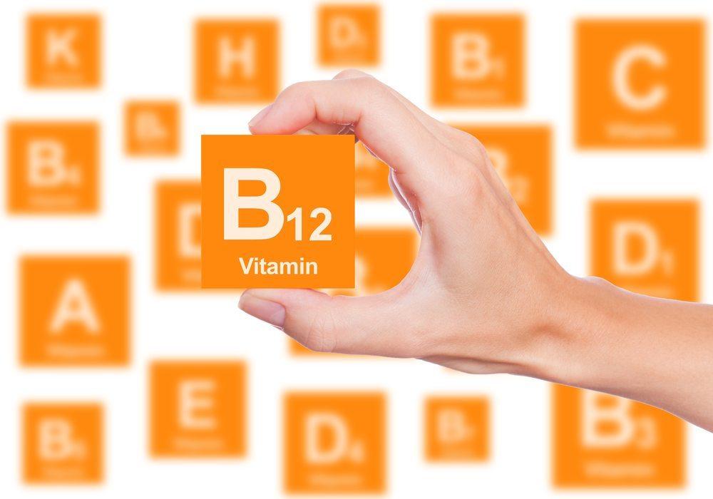 Vitamine werden seit jeher mit Gemüse und Obst in Verbindung gebracht. (Bild: concept w / Shutterstock.com)