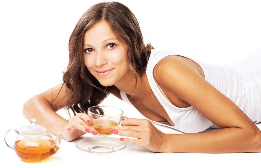 Eine fünftägige Fastenkur kann Ihre Hautbalance wiederherstellen. (Bild: Inga Marchuk / Shutterstock.com)