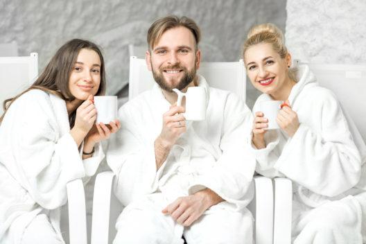 Entspannung pur in einer Salzgrotte geniessen (Bild: RossHelen - shutterstock.com)