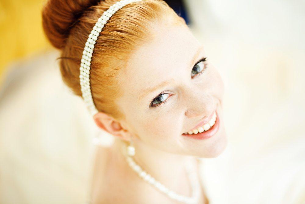 Helle-Haut-Mila Supinskaya-Shutterstock.com