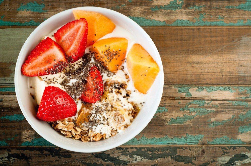 Chia-Samen werden häufig zur Unterstützung des Immunsystems eingenommen. (Bild: © CatchaSnap - shutterstock.com)