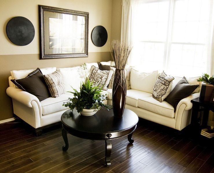Welche Polstermöbel dürfen es denn sein? (Bild: © Paul Matthew Photography - shutterstock.com)