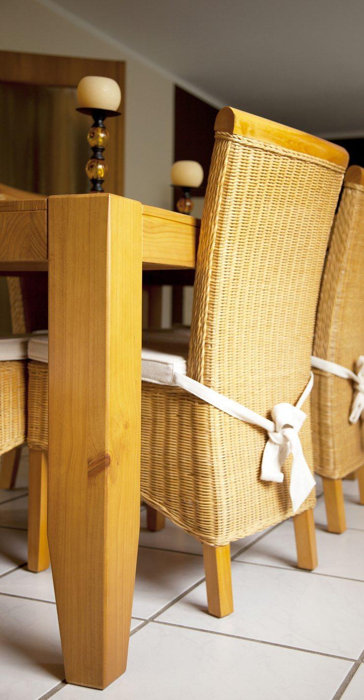Rattanmöbel sorgen für eine stilvolle Atmosphäre. (Bild: © D. Ott - Fotolia.com)