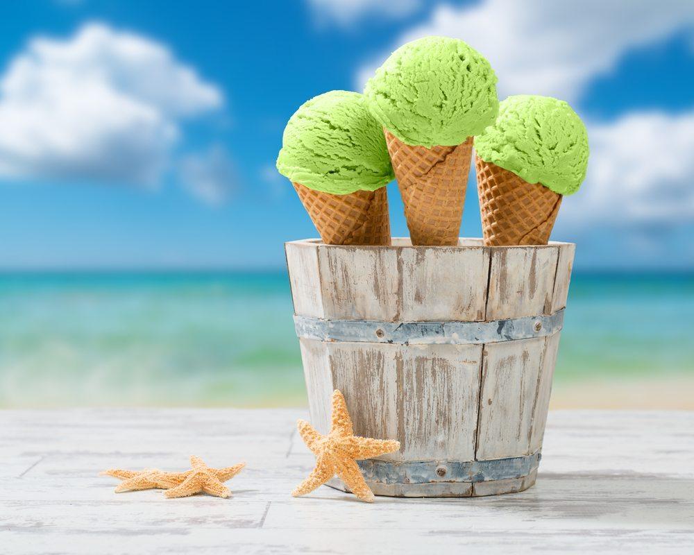 Eis am Strand clever auswählen. (Bild: Christopher Elwell / Shutterstock.com)