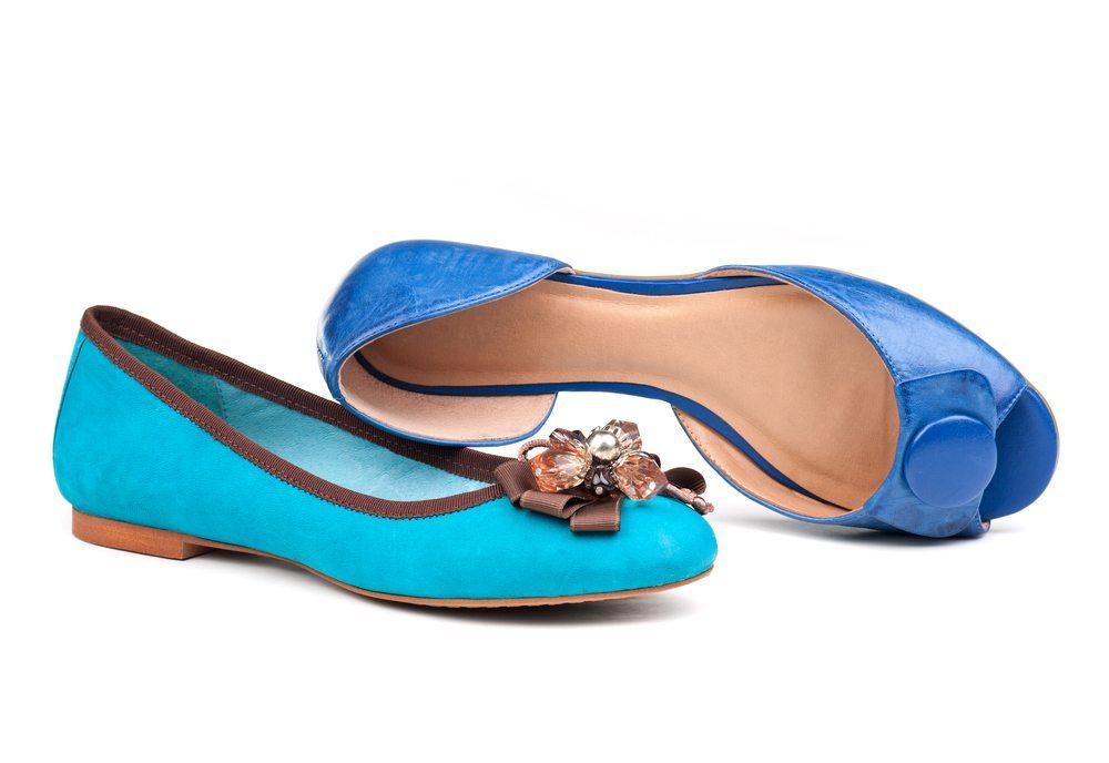 Das Potenzial von flachen Schuhen für die Freizeit- und Businessgarderobe wird unterschätzt. (Bild: Photobac / Shutterstock.com)