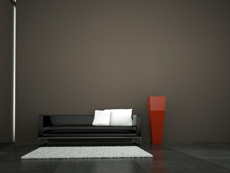 Ein hochwertiges Ledersofa kann nicht mit allen Reinigungsmitteln gleichermassen behandelt werden. (Bild: © virtua73 - fotolia.com)