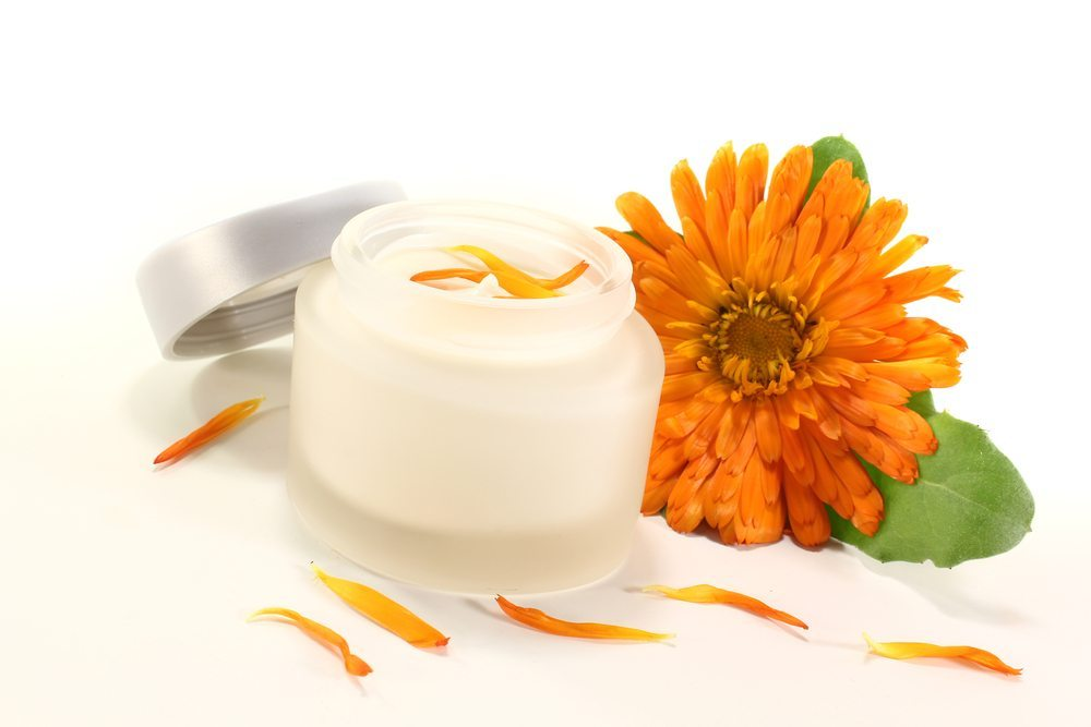 Die Ringelblume in Kosmetika. (Bild: photo-oasis / Shutterstock.com)