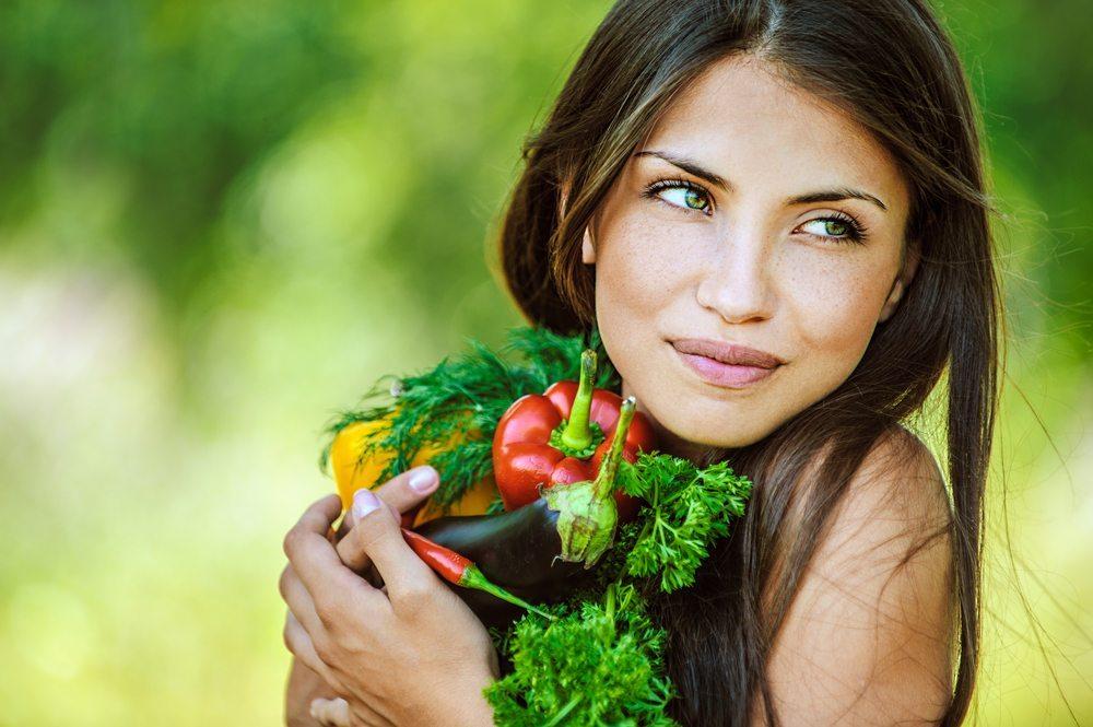 Die meisten Grundnahrungsmittel sind günstig oder zumindest erschwinglich. (Bild: © BestPhotoStudio - shutterstock.com)