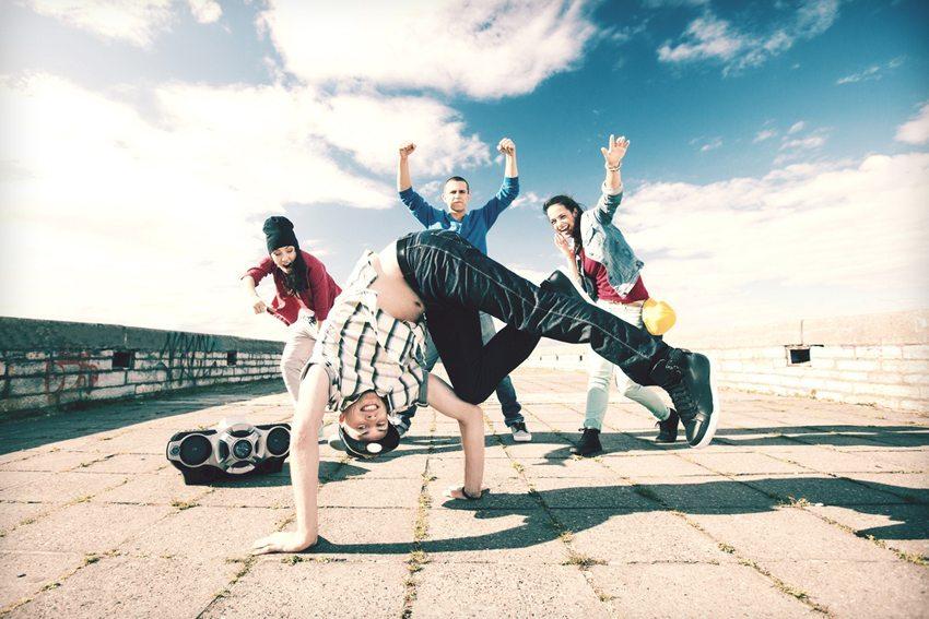 Breakdance und Hip-Hop haben inzwischen grosse Bedeutung als eigenständige Tanzform gefunden. (Bild: Syda Productions / Shutterstock.com)