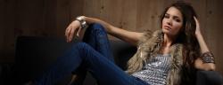jeans-frau-lenetstan-shutterstock_209944786