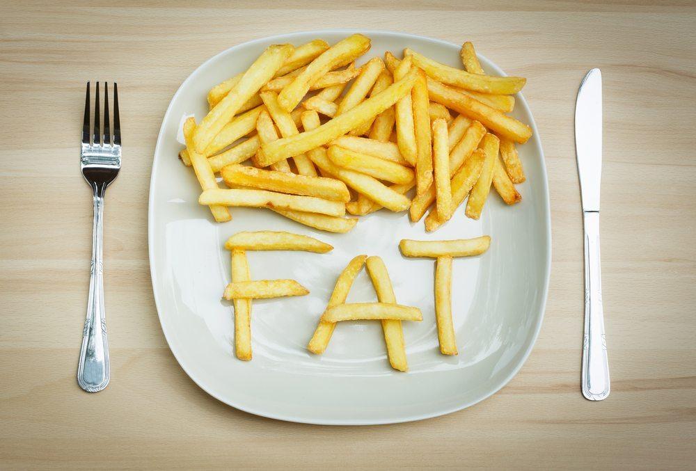 Fett ist der grösste Kalorienträger und meistens für Übergewicht verantwortlich. (Bild: Atelier_A / Shutterstock.com)