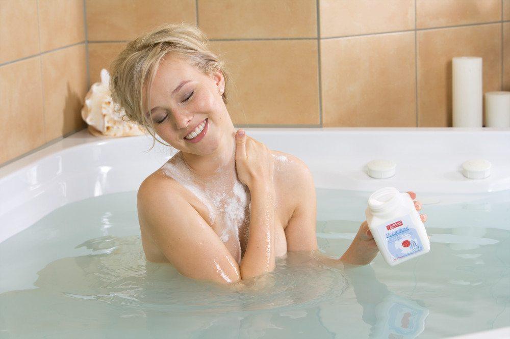 Die angenehmste Art zu entgiften: Basenbad mit Jentschura MeineBase®. (Bildquelle: www.edelsteine-salz.de)