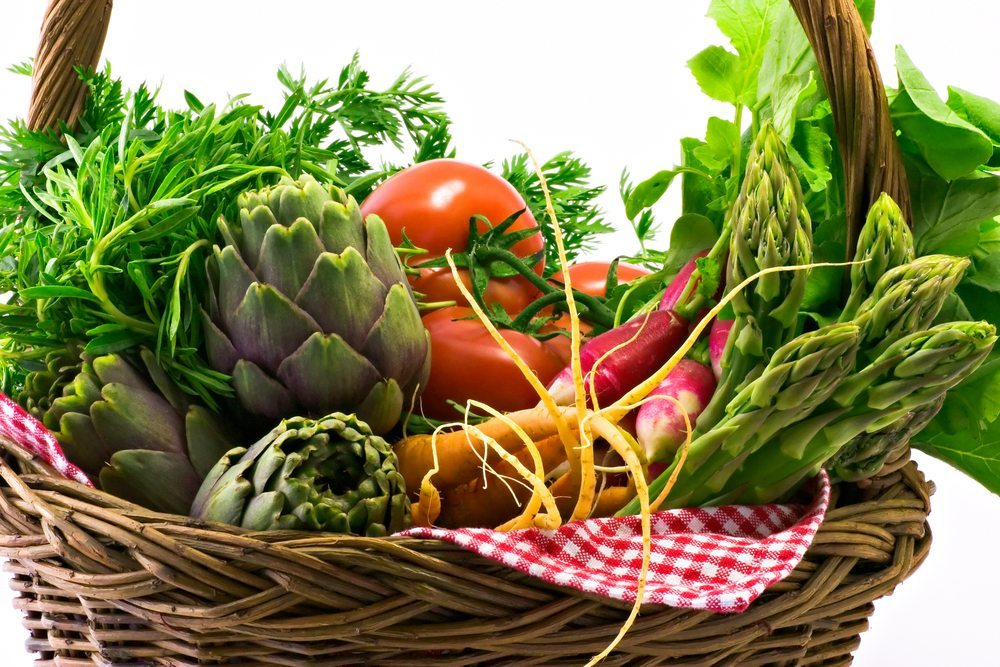 Chlorophyllhaltiges grünes Gemüse fördert die Entgiftung. (Bild: © Maceofoto - shutterstock.com)