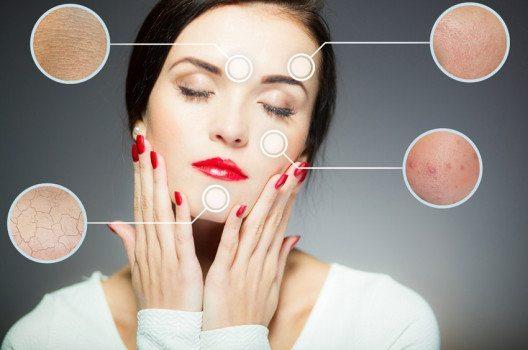 Gesichtsreinigungsbürsten versprechen Besserung bei vielen Gesichtsproblemen. (Bild: Leszek Glasner / Shutterstock.com)