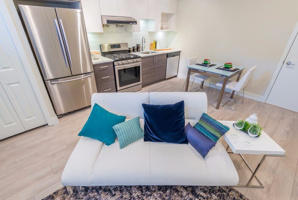 Kennst Du das Gefühl, wenn man ein Zimmer im Haus oder der Wohnung umräumt, entrümpelt und neu dekoriert? (Bild: © karamysh - shutterstock.com)