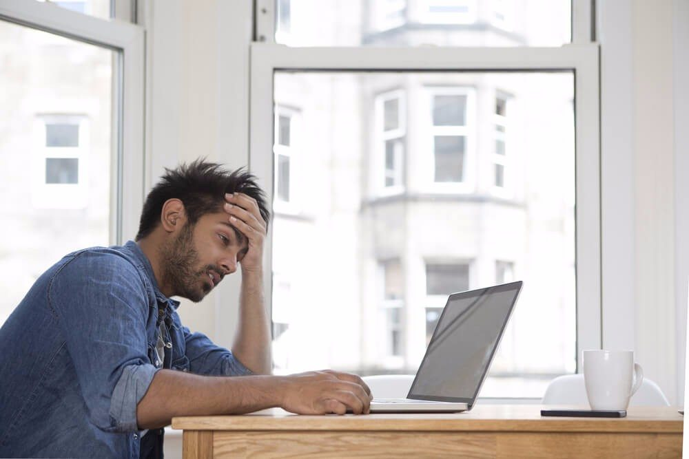 Problematisch wird es immer dann, wenn Stress zum Dauerzustand wird. (Bild: © Stuart Jenner - shutterstock.com)