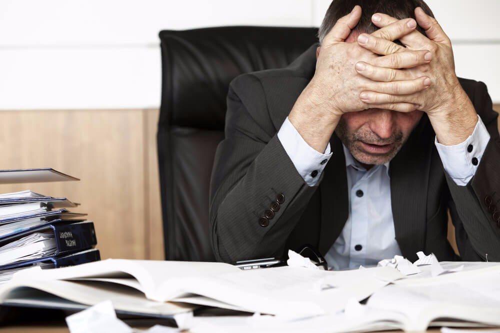 Das Burnout-Syndrom – wenn die Arbeit krank macht (Bild: © Lichtmeister - shutterstock.com)