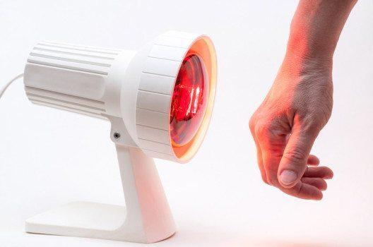 Tiefenwärme hat positive Auswirkungen auf viele Beschwerdebilder. (Bild: Rangzen – shutterstock.com)