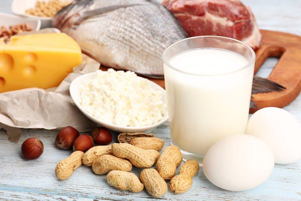Die biologische Wertigkeit natürlicher Proteinquellen (Bild: © Africa Studio - shutterstock.com)