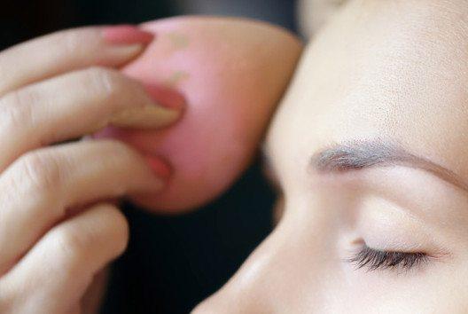 Beautyblender sind topmodern. (Bild: Elena Rudyk – shutterstock.com)