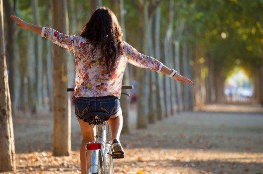 Die Entscheidung, wie eine Frau aussehen möchte, liegt ganz allein bei ihr. (Bild: © nenetus - fotolia.com)