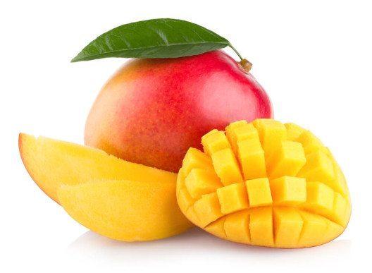 Mit Mangos lassen sich tolle Smoothies zaubern. (Bild: © Viktar Malyshchyts - shutterstock.com)