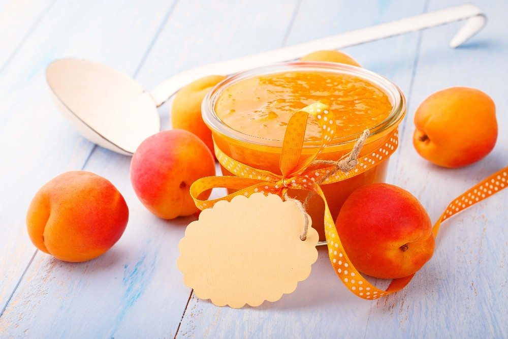 Für Marmeladen müssen die Pfirsiche aber schön reif sein. (Bild: © Floydine - fotolia.com)
