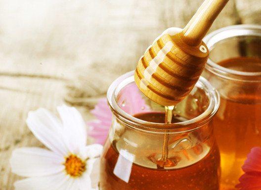 Manuka-Honig kann zum Süssen von Speisen, zum Kochen und zum Backen verwendet werden. (Bild: nu3.ch)