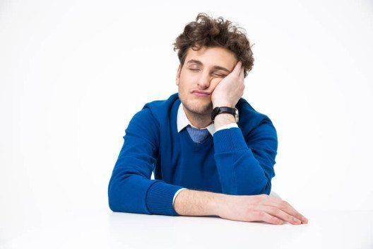 Zu viel oder zu wenig - wie viel Schlaf darf es sein? (Bild: © Dean Drobot - shutterstock.com)