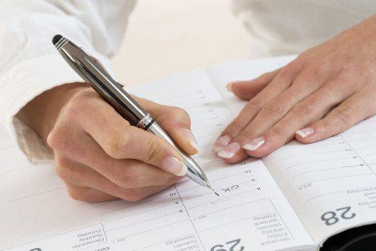 Tragen Sie sich persönliche Termine ein, wie den Sportkurs um halb 6. (Bild: © JPC-PROD - shutterstock.com)