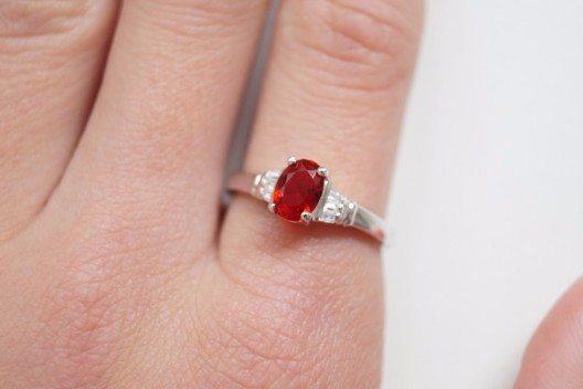 Diamantseife entwickelt Seifen, in denen ein Schmuckstück enthalten ist.