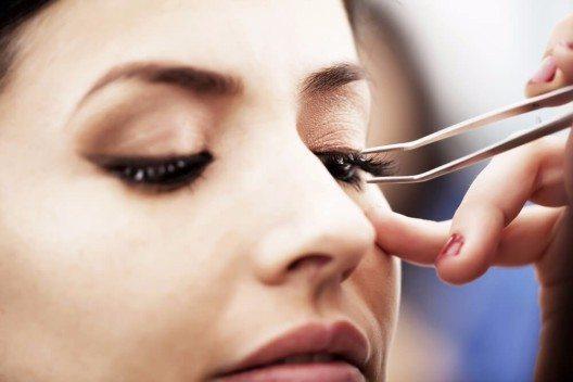Fake Lashes (Bild: © Brainsil - shutterstock.com)