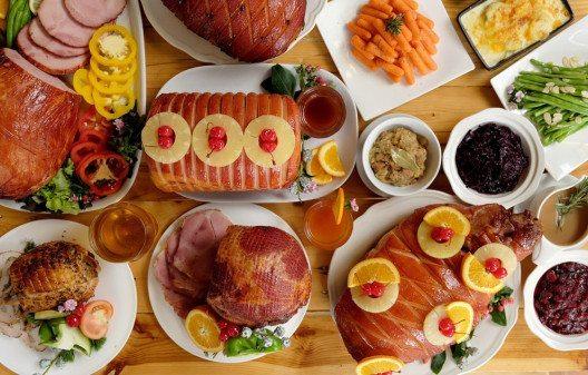 Weihnachtsfeiern verlangen von Körper und Stoffwechsel Höchstleistungen. (Bild: © Darasp Kran – shutterstock.com)