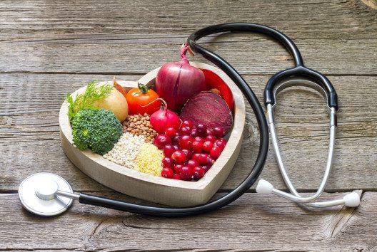 Der Ballaststoffgehalt unserer Ernährung spielt eine wesentliche Rolle. (Bild: udra11 – shutterstock.com)