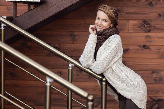 Retter bei frostigen Temperaturen: Strickjacken. (Bild: SunKids – Shutterstock.com)