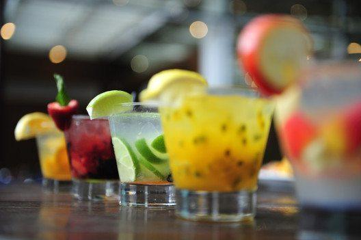 Triglyceride werden hauptsächlich aus überschüssigem Zucker und Alkohol gebildet. (Bild: T photography – Shutterstock.com)