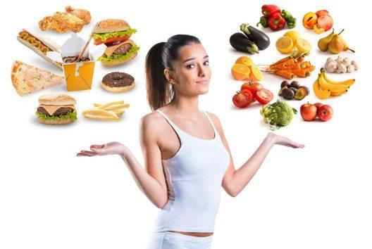 Wer bei seiner Ernährung auf zu viele ungesunde Fette und Zucker setzt, riskiert durch den Nährstoffmangel auch Müdigkeit. (Bild: Tijana – Shutterstock.com)