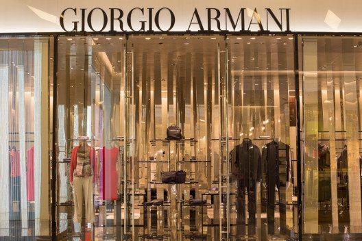 Giorgio Armani gilt als einer der grössten Designer des 20. Jahrhunderts. (Bild: OlegD – Shutterstock.com)