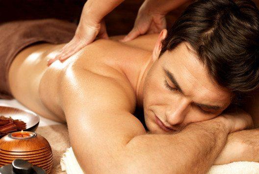 Massage ist immer eine Wohltat für den Körper. (Bild: Valua Vitaly – Shutterstock.com)