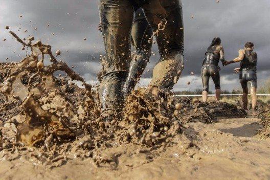 Ein gemeinsames Ziel verbindet und motiviert. (Bild: © StockPhotosLV - shutterstock.com)