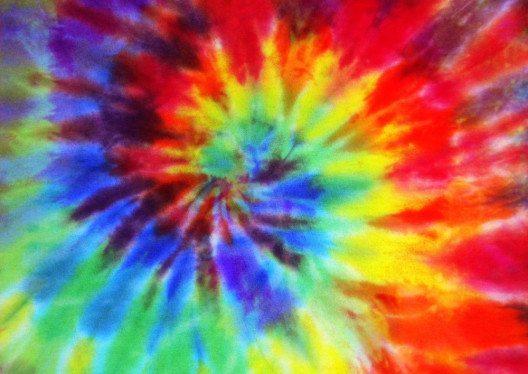 Tie-Dye-Muster (Bild: nchlsft – Shutterstock.com)