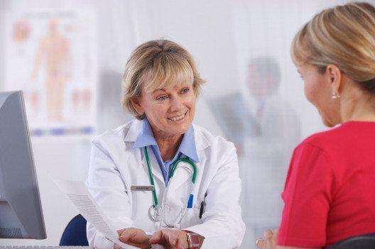 Wellnessprogramme mit fachärztlicher Begleitung sind für Menschen mit Risikofaktoren indiziert. (Bild: carlosseller – Shutterstock.com)