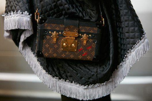 Louis Vuittons Kreationen sind der Inbegriff von luxuriöser, eleganter und handwerklicher Tradition. (Bild: andersphoto – Shutterstock.com)