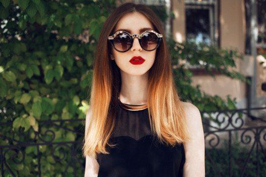 Ombré-Haare wirken wunderbar natürlich. (Bild: Charmer – Shutterstock.com)