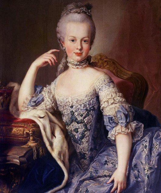 Marie Antoinette ist eines der bekanntesten Beispiele für die pompöse Rokoko-Mode. (Bild: Martin Mytens, Wikimedia, public domain)