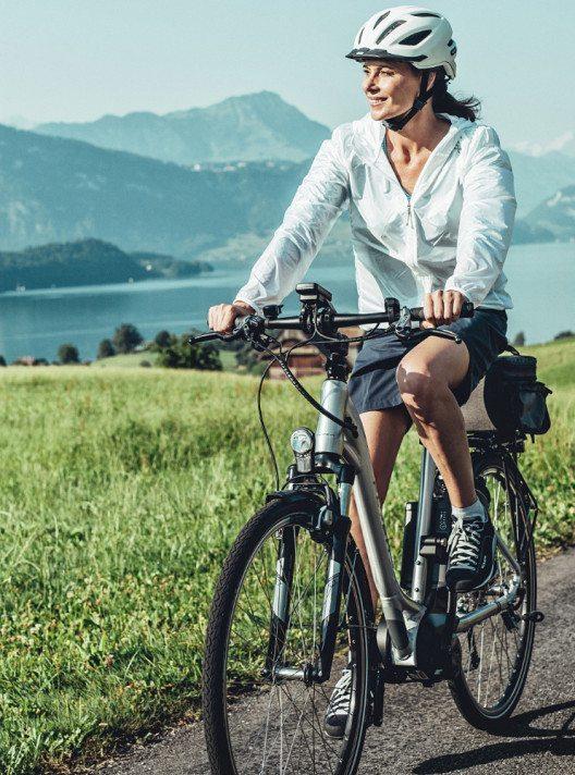 Velofahren ist gesund und schont die Umwelt. (Bild: Aktion Gesunder Rücken e. V.)