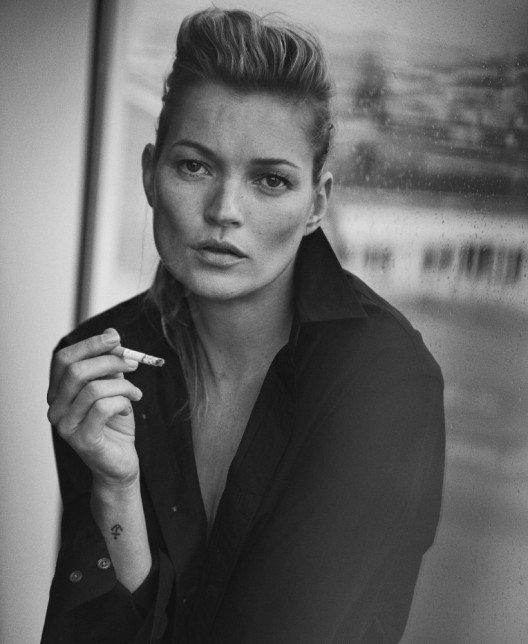 Kate Moss, Paris, 2015 Vogue Italia (Bild: © Peter Lindbergh; Courtesy of Peter Lindbergh, Paris / Gagosian Gallery)
