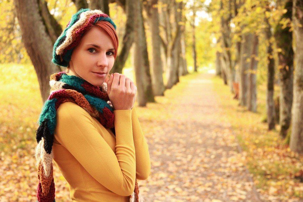Keine Farbe leuchtet unter einem strahlend blauen Herbsthimmel schöner als Gelb. (Bild: © Lisa A - shutterstock.com)